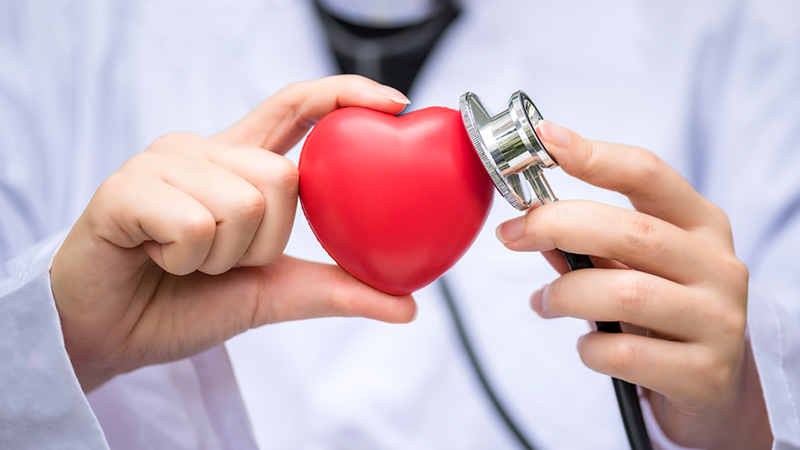 How to Become a Cardiologist in the US