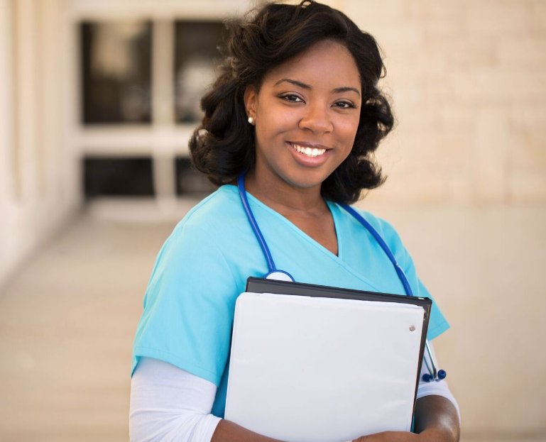 Reasons Why a Medical Assistant Degree is the best Start up path for your career in the Healthcare Field