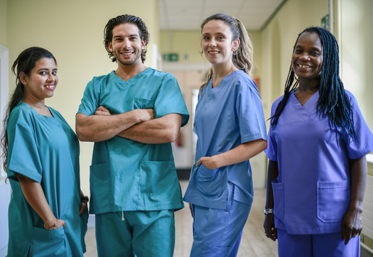 4 Different Paths to Gaining Your Masters Degrees In Nursing